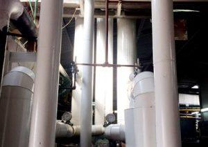 בידוד חדר מכונות עם פח לבן במילו יציקת פוליאוריטן באמצעות מכונה